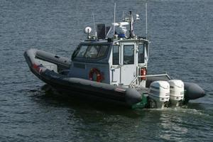 Hvordan montere Twin Outboards