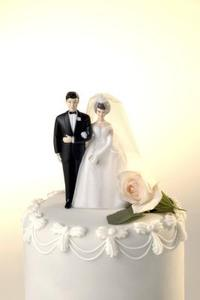 The History of Cake Toppers